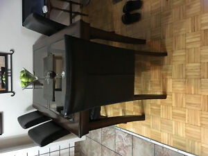 4 leather chairs and table set