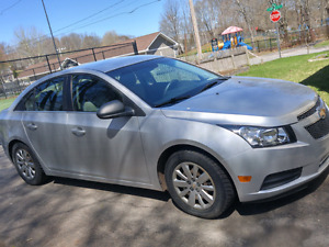 2011 Chevy Cruze 6-Speed Manual - Mint Condition