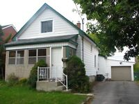 Perfect Starter Home - Nothing to do but move in ! Open House !