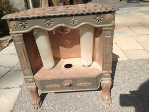 ANTIQUE CAST IRON G/E ELECTRIC STOVE - PARKER PICKERS -