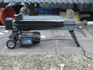 Log Splitter-Electric, King Canada, 5 Ton $ 75.00