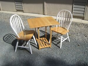Cute Modern Small Solid Wood Dropleaf Dining Table & 2 Chairs