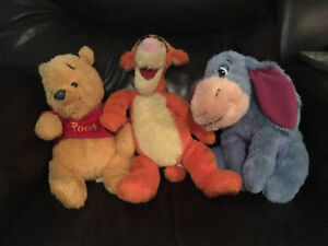 Lot de 3 toutous Winnie the Pooh