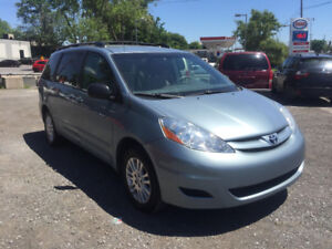 2009 Toyota Sienna LE AWD 7 PLACES FULL OPTION FINANCEMENT DISPO