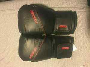 2 new century boxing gloves  Kitchener / Waterloo Kitchener Area image 1