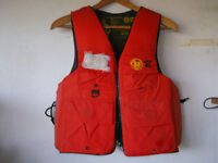 FISHING/HUNTING LIFE VEST, NEW. WEAR IT AND LIVE.