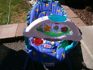 FisherPrice Music/Sounds and vibrations Baby Chair