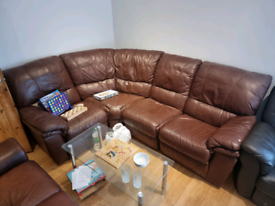 LEATHER RECLINER SOFAS GOOD CONDITION WILL SELL SEPERATE