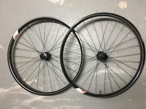 We Are One 27.5 Insider Carbon wheel set