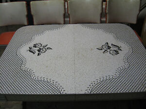 table with chairs Peterborough Peterborough Area image 1