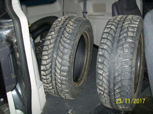Winter tires size 225 65 16