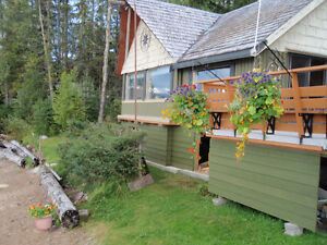 Quesnel Lakefront cabin