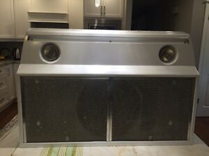 Over the range exhaust fan/light for sale Stratford Kitchener Area image 3