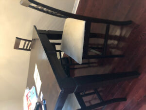 Selling and some  free furnitures