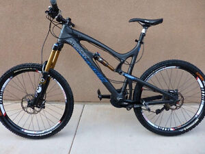 Santa Cruz Nomad C 2013. Owned and maintained by shop mechanic