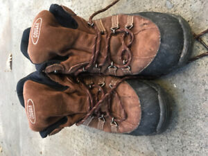 Cougar Hiking Boots - Size: 10 US