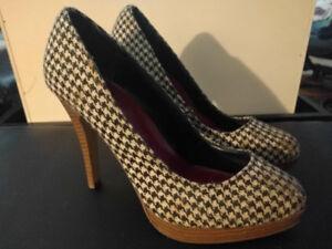 89db1d1ef8e2 Women s heels size 7