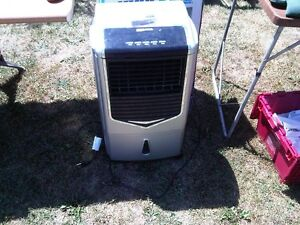 evaporative cooling fan with remote Peterborough Peterborough Area image 1