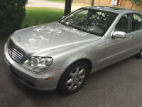 FULLY LOADED 2006 Mercedes-Benz S-Class BEAUTIFULLY MAINTAINED