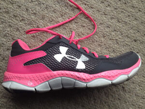Brand new women's under armour shoes - size 8 London Ontario image 1