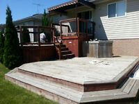 STAINING/PAINTING DECKS AND FENCES