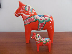 2 Vtg NILS OLSSON DALA HORSE FIGURINES HAND CARVED WOOD 7""