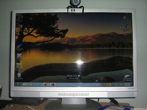 Hp 19 inch Monitor with /D.V.I  hook up Belleville Belleville Area image 1