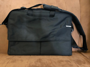 AVAILABLE IF YOU SEE THIS - INCASE LAPTOP CASE $35 OBO