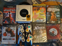 Game Cube+2 manettes+ memory card+6 jeux