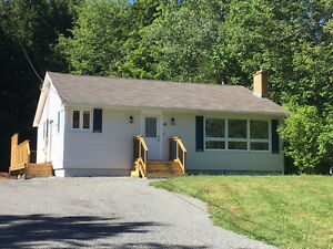 41 Tucker Lake Road, Beaver Bank-Glenda White