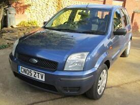 Ford Fusion 1.4 2 FULL FORD MAIN DEALER SERVICE HISTORY THROUGHOUT ! 49K