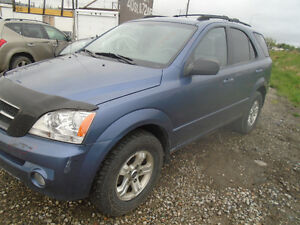 2004 SORENTO FOR PARTS ONLY