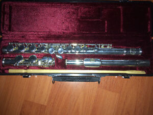 Jupiter flute with case and free stand