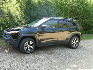 2015 Jeep Cherokee Trailhawk 4x4 SUV, Crossover