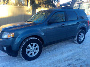 2010 Ford Escape Limited AWD Leather Sunroof Mazda Tribute