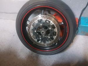 Yamaha r1 rims and tires