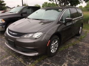 2017 Chrysler Pacifica Touring  - $273.14 B/W