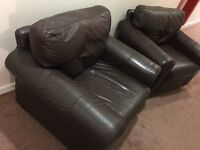 Leather Suit, 2 Seater & 2x Arm Chairs