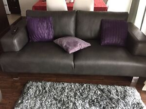 Sofa/couches