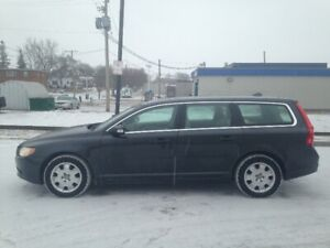 2009 Volvo V70 Wagon Meticulously Maintained Certified!!