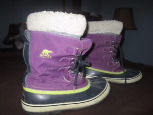 Winter boots Sorel brand size 11