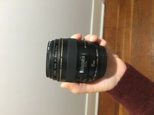 Canon 85mm 1.8 lens with protector! Brand New!