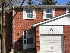 Renovated Johnsview Village Townhouse