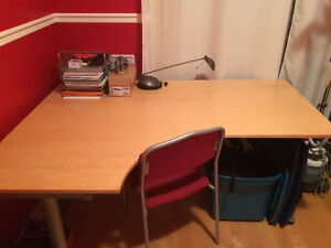 Table de travail en coin GALANT (IKEA)