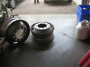 "23"" TRUCK TIRE RIMS FOR FIREPIT Kitchener / Waterloo Kitchener Area image 3"