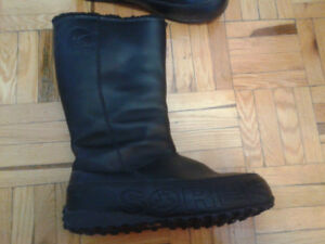 Sorel black all leather boots.