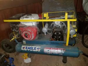 Compresseur 9.5 hp à gaz de marque  eagle