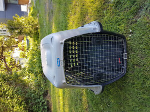 LARGE BREED DOG TRAVEL CRATE