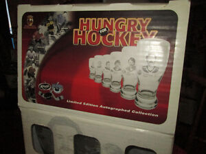 LIMITED EDITION KELSEY'S HUNGRY FOR HOCKEY BEER GLASSES