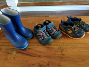 Size 7 toddler boy shoes and sandals